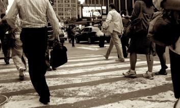New York Photography - People Crossing street