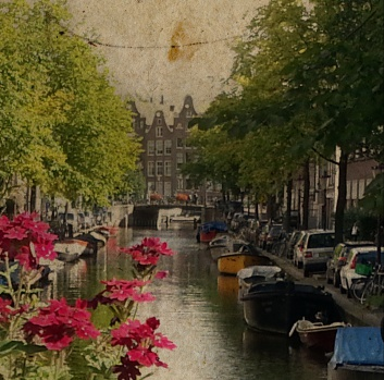 Amsterdam Canal photography architecture by Villaraco